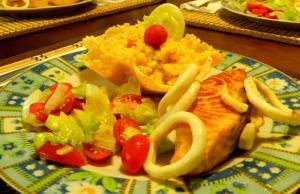 Risoto de Camarão com lula e salmão